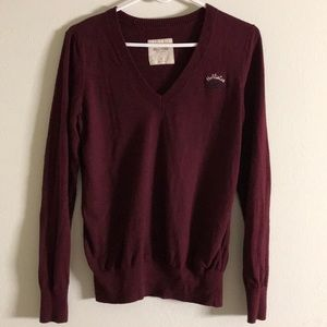 HOLLISTER V NECK SWEATER